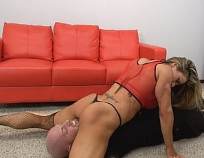Professional female bodybuilder Maria G uses her big, vascular biceps, muscular legs and glutes, powerful pecs, and ripped abs to scissor, smother, and crush, showing off her muscle control and tattoos close-up as she poses in panties. Watch the wrestling in close-up, and see if you could handle it.